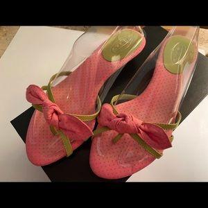 Talbots pink/green Sandal flip flop center